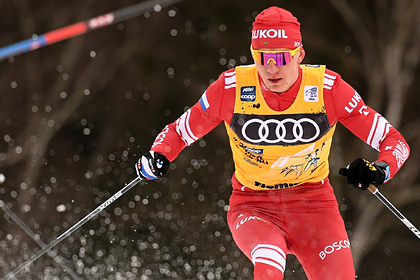 Большунов ответил на обвинения норвежца в победе с помощью снегохода