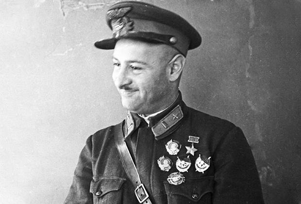 Герой Советского Союза, летчик-штурмовик Нельсон Степанян