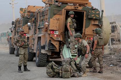 США поддержали Турцию в борьбе с военными Сирии в Сирии