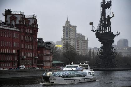 Россиянам предсказали холодное лето после теплой зимы