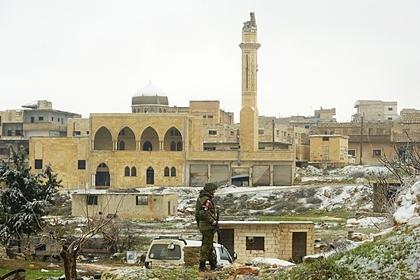 Российские самолеты остановили турецкую колонну в Сирии