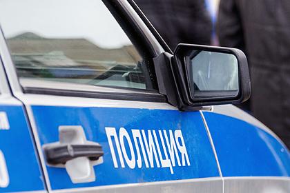 Россиянка без прав угнала заказанное такси и устроила ДТП