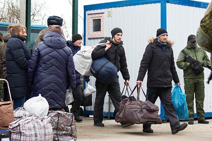 Украинские власти забыли про обещанные бывшим пленным деньги и квартиры
