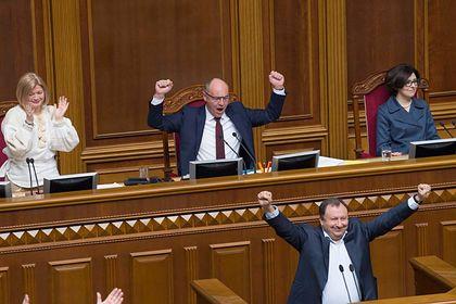 Зеленскому пригрозили «украинской бурей»