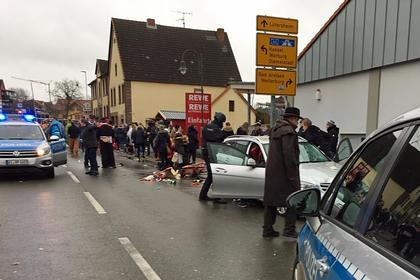 Возросло число пострадавших при наезде автомобиля на толпу в Германии