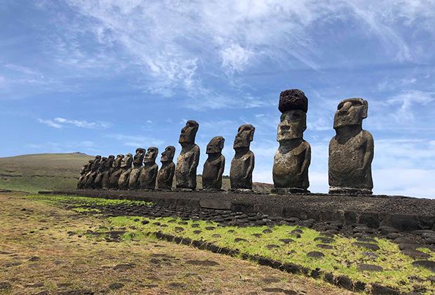 Остров Пасхи. Земля длинноухих каменных истуканов