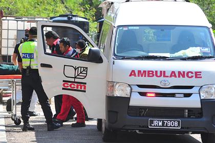 Юноша упал с 13 этажа и чудом избежал серьезных травм