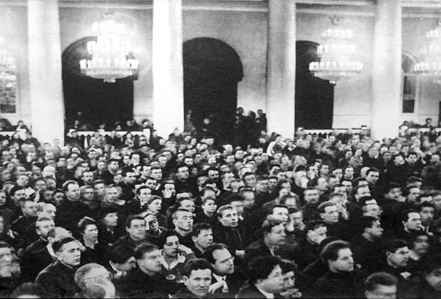 Судебный процесс над членами Союзного бюро ЦК РСДРП (меньшевиков) в Колонном зале Дома Союзов. Москва, 1931 год