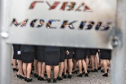 Российский депутат оценил способность женщин-полицейских догонять преступников
