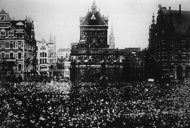 Вооруженное восстание рабочих, солдат и матросов в Петрограде. 25 октября 1917 г.