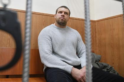 Бывший полицейский рассказал о подбрасывании наркотиков Голунову