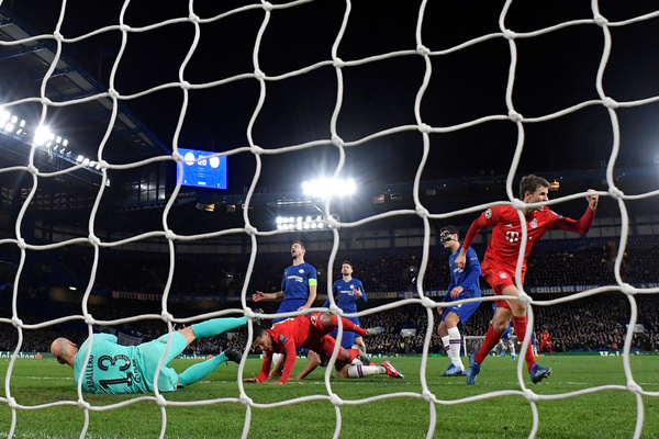 «Бавария» разгромила «Челси» в 1/8 финала Лиги чемпионов