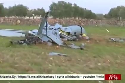 Cбитый над Сирией турецкий беспилотник сняли на видео