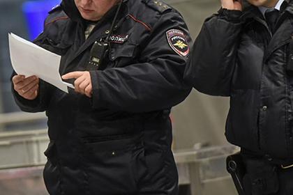 Россиянин взбунтовался на борту самолета из-за отсутствия зарядки