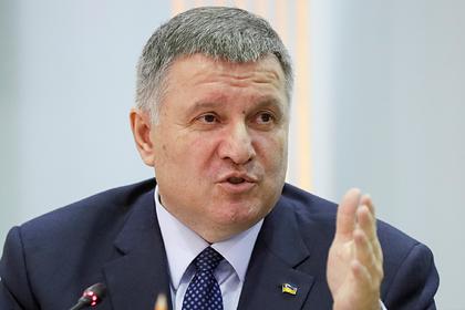 Украинский министр назвал Суркова шавкой