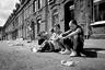 Уроженец Белфаста, писатель Пол МакВей отмечал, что если бы родился в первых домах родной улицы, то был бы британцем. «Невероятно, если подумать. Сама моя личность, предпочтения в религии, культуре и политике — все это случайно и связано только с местом рождения», — пришел он к выводу.