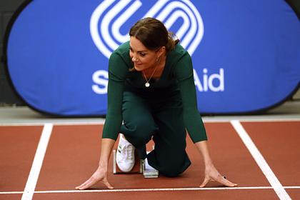 Кейт Миддлтон появилась на публике в дешевой одежде из масс-маркета