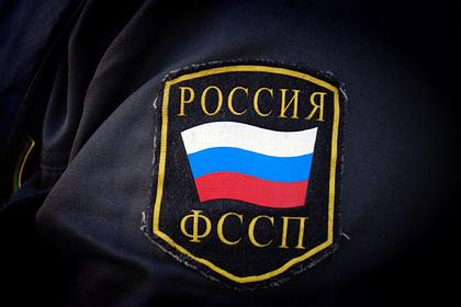Приставы вломились в квартиру 92-летней россиянки и забрали телевизоры