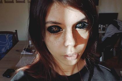 Модель решила окрасить белки глаз и ослепла