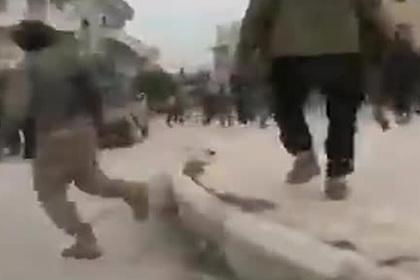 Празднующие захват сирийского города боевики попали на видео