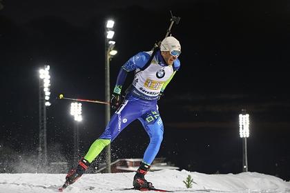 Норвежский биатлонист вытолкнул с трассы белоруса и остался безнаказанным