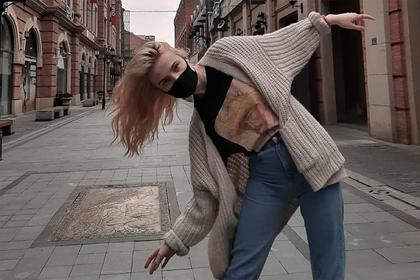 Застрявшие в Китае российские модели рассказали о жизни в очаге коронавируса