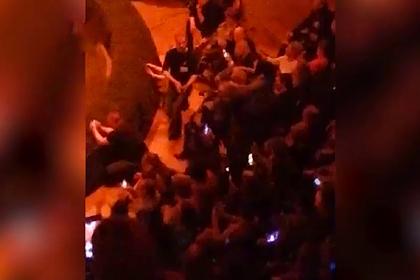 На выступлении Татьяны Булановой затеяли драку под песню «Не плачь»