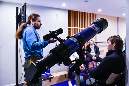 Подмосковные школьники разработают оборудование для спутников