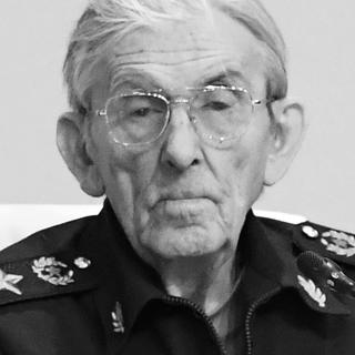 Владимир Шуралев
