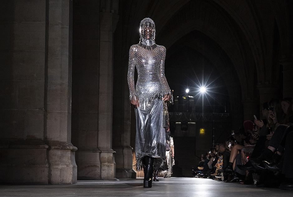 Шоу французского модного дома Paco Rabanne
