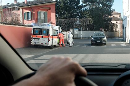 Число умерших от коронавируса в Италии выросло в три раза