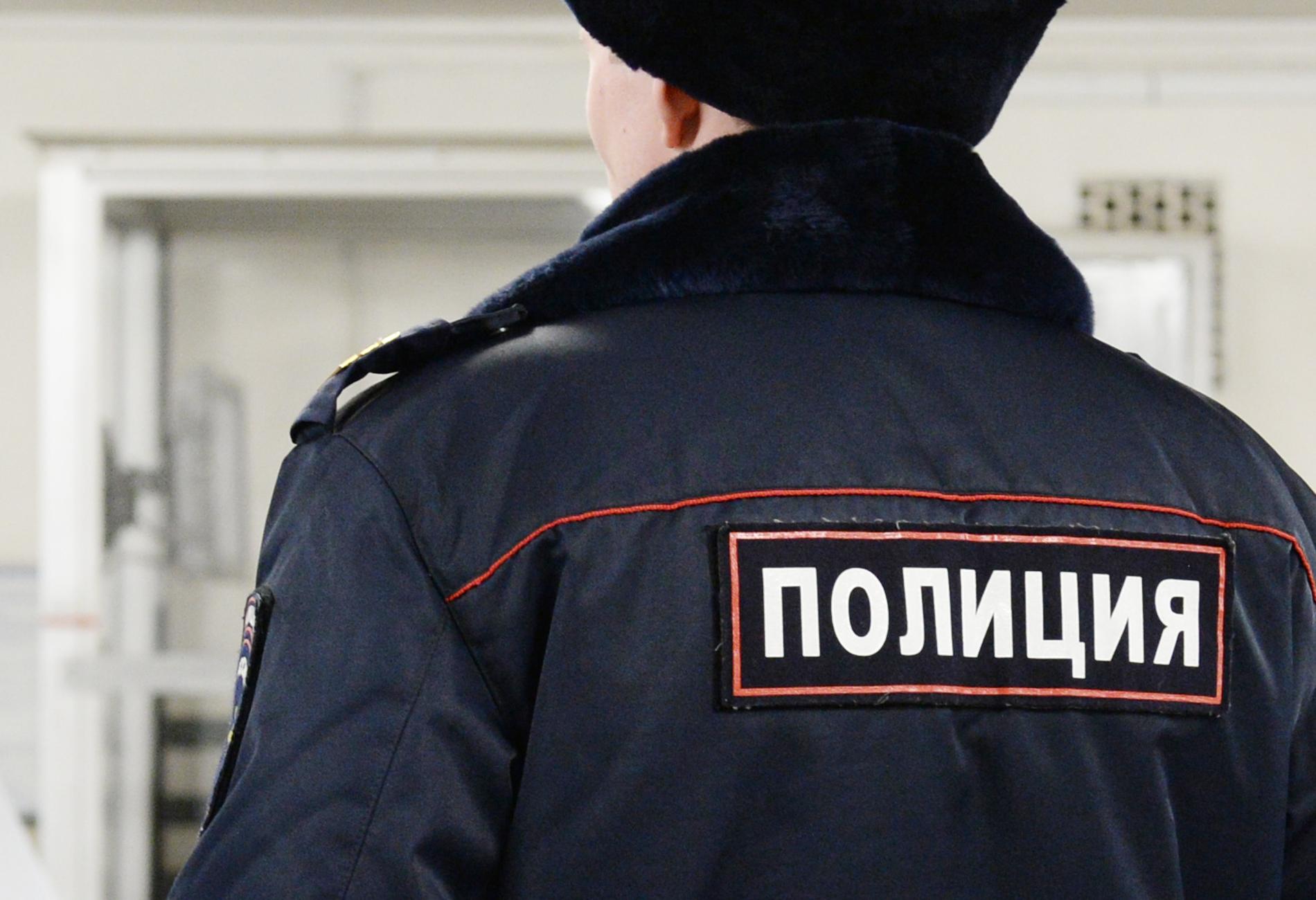 Российского полицейского заподозрили в изнасиловании 16