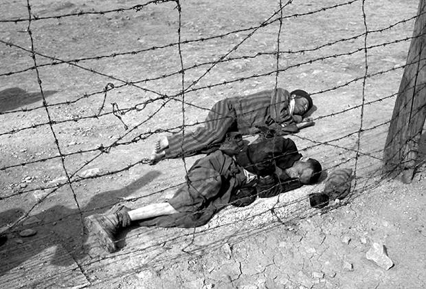 Узники концлагеря Бухенвальд, 1945 год