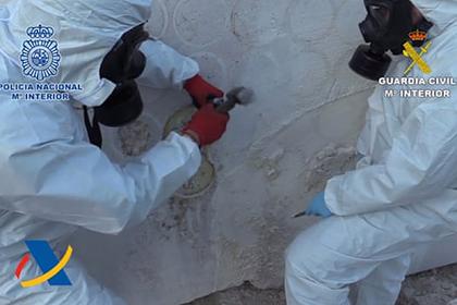 В Испании поймали провозивших наркотики в мраморе преступников