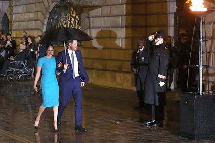 Первое появление Меган Маркл в Лондоне без королевского титула высмеяли в сети
