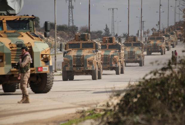 Турецкий военный конвой в провинции Идлиб