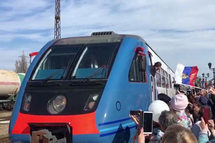 Россия запустила рельсобус в Крым