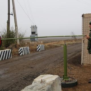 Блокпост у села Петровское