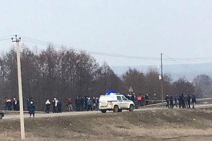 Россияне вышли на народный сход из-за убитой 13-летней девочки под Тамбовом