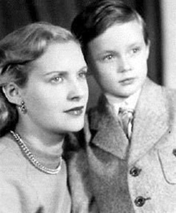 Валентина Яшина с сыном Александром