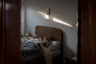 Умиротворение и размеренность — такая атмосфера царит в доме коренных жителей Сан-Фьорано, 87-летнего Джино Верани (Gino Verani) и его 85-летней жены Инес Прандини (Ines Prandini). Они мирно спят и даже не подозревают, что внук снимает их на камеру.