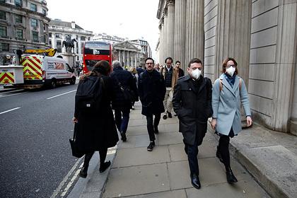 Англия пошла на крайние меры из-за коронавируса