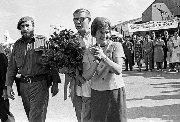 Валентина Терешкова и Фидель Кастро на Кубе, 1963 год