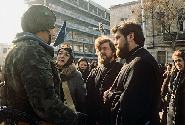 Во время ввода войск в Баку. Январь 1990 года