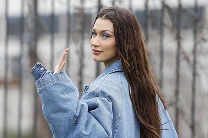 Самая красивая женщина в мире вернула в моду худшие тренды 90-х