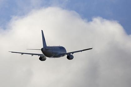 Летевший в Москву SSJ-100 подал сигнал тревоги