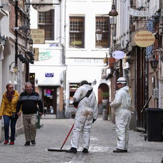 Очистка улицы в Брюсселе