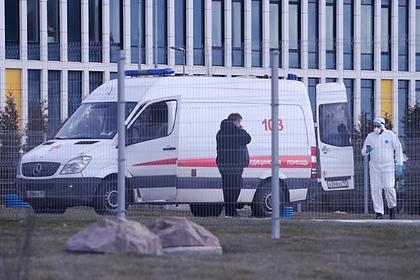 Падение медработника с крыши московской больницы назвали вбросом