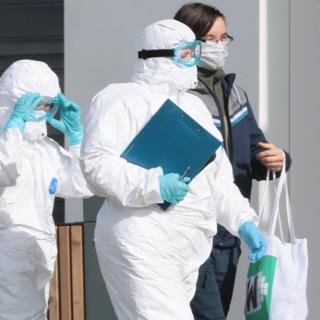 Что нужно знать о ситуации с коронавирусом в России: Общество: Россия:  Lenta.ru