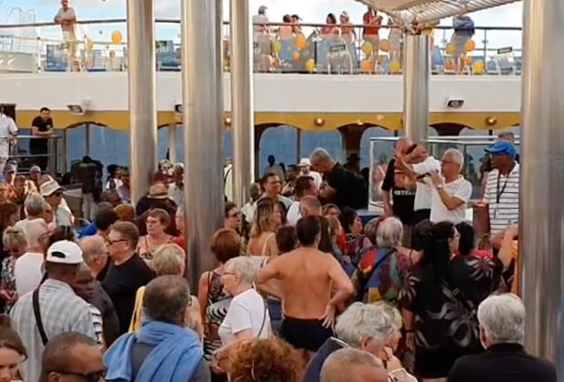 На лайнере Costa Magica